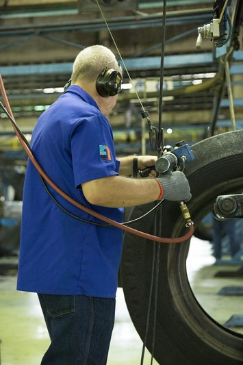 Obowiązki pracownika wzakresie BHP pracownik nahali